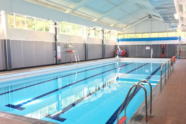 Bowhill swimming pool fife sports and leisure trust for Family hotels belfast swimming pool